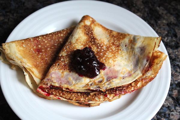 Icelandic Pancakes (Pönnukökur)