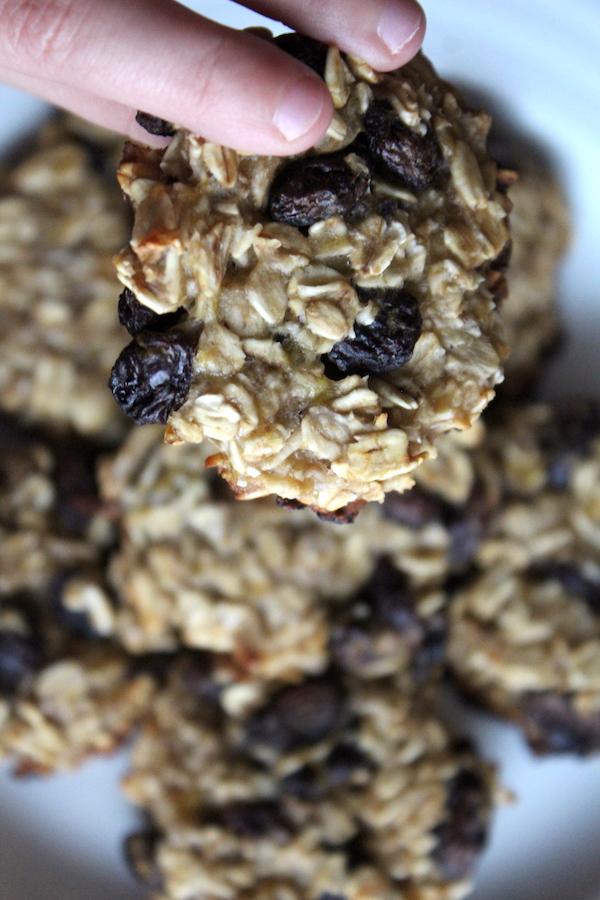 Three Ingredient Oatmeal Raisin Cookies