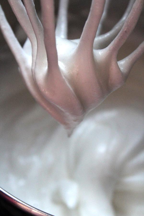Whipped Egg Whites for Haselnussmakronen