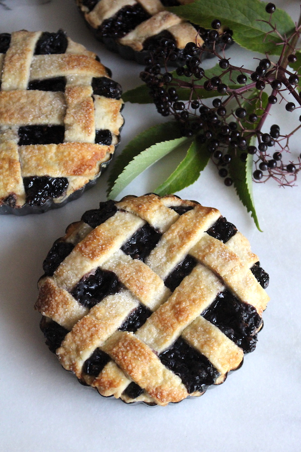 Homemade elderberry tarts (mini pies)