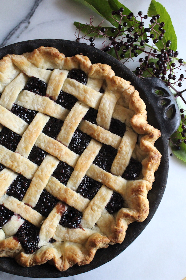 Homemade Elderberry Pie