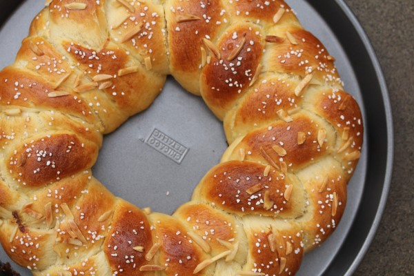 Finnish Pulla bread