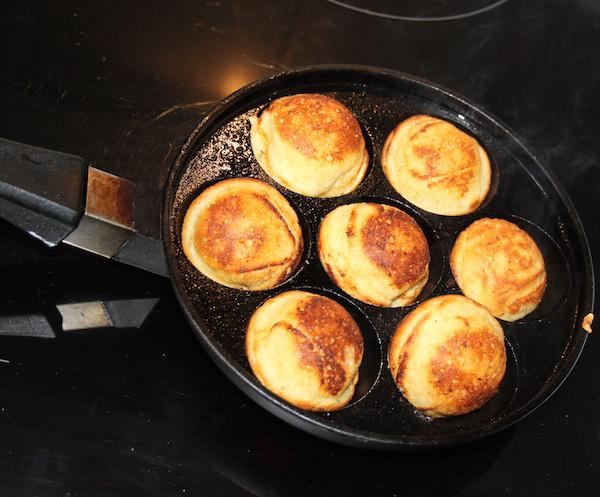 Cooking Æbleskiver