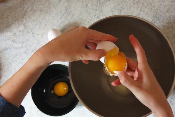 Separating Eggs for Æbleskiver